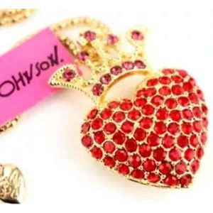 NWT Betsey Johnson heart with crown necklace
